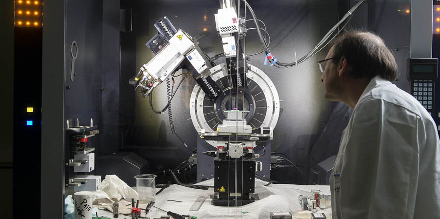 Airbus Safran Launchers and Vinci group partners- Cegelec Cem and Nuvia Limited-sign major robotics framework contract for iter