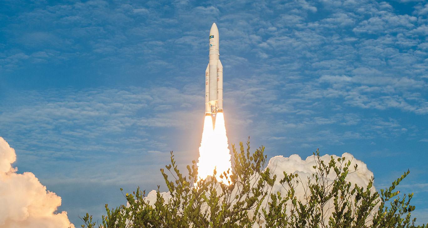 Ariane 5 stellt startrekord der Ariane 4 ein und ebnet den weg für die Ariane 6