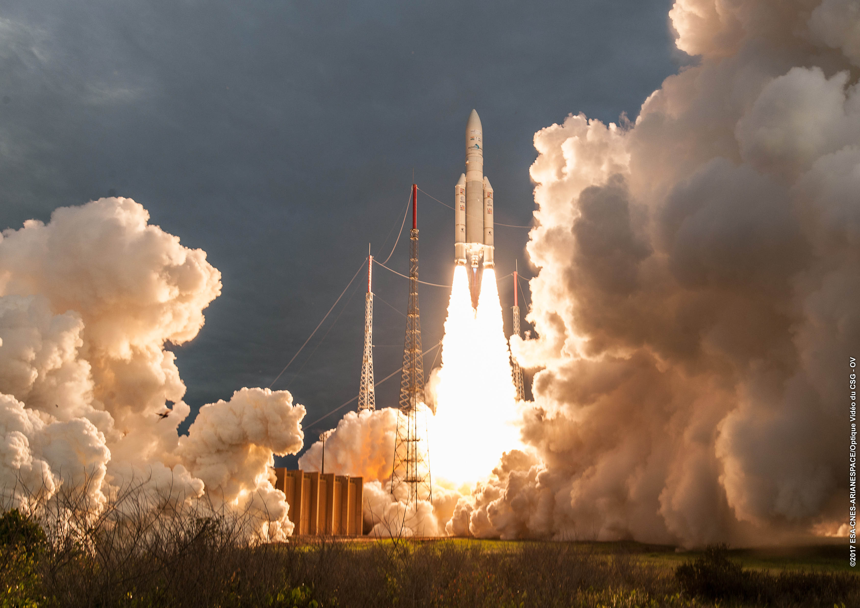 100th launch of Ariane 5: The #withariane campaign in full swing