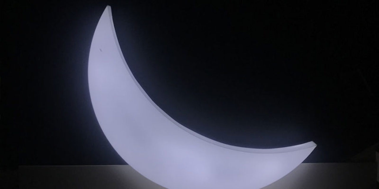 """Leonid Tishkov, """"Private Moon"""", 2003-2017<br /> Exposition Lune - Grand Palais - 2019"""