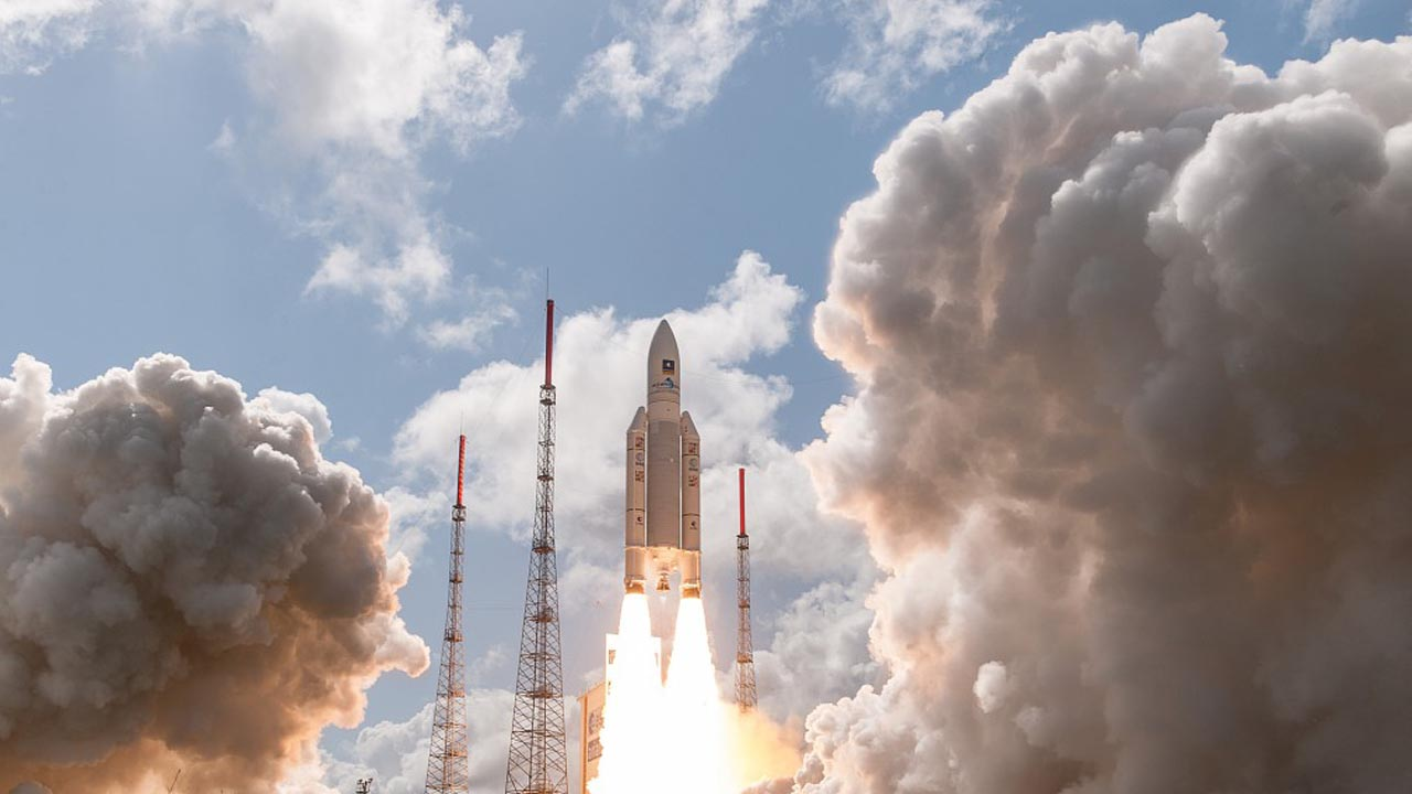 In close-up: Ariane 5, the record rocket! A look back at five memorable moments