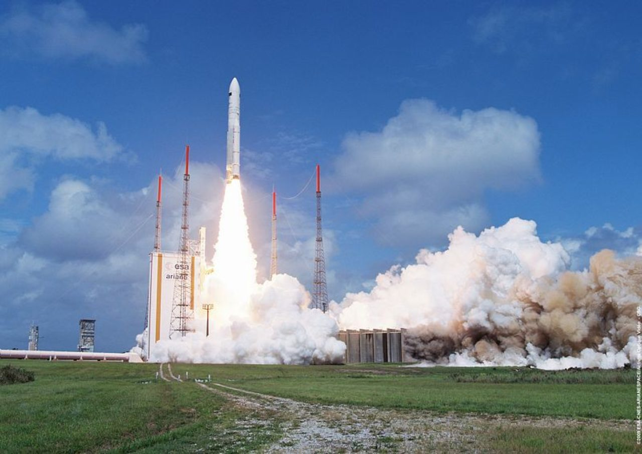 On May 14, 2009, Ariane 5 blasted off with two particularly distinguished passengers on board – the Herschel and Planck space telescopes. They were heading for the second Lagrange point (L2), 1.5 million kilometers away from Earth.