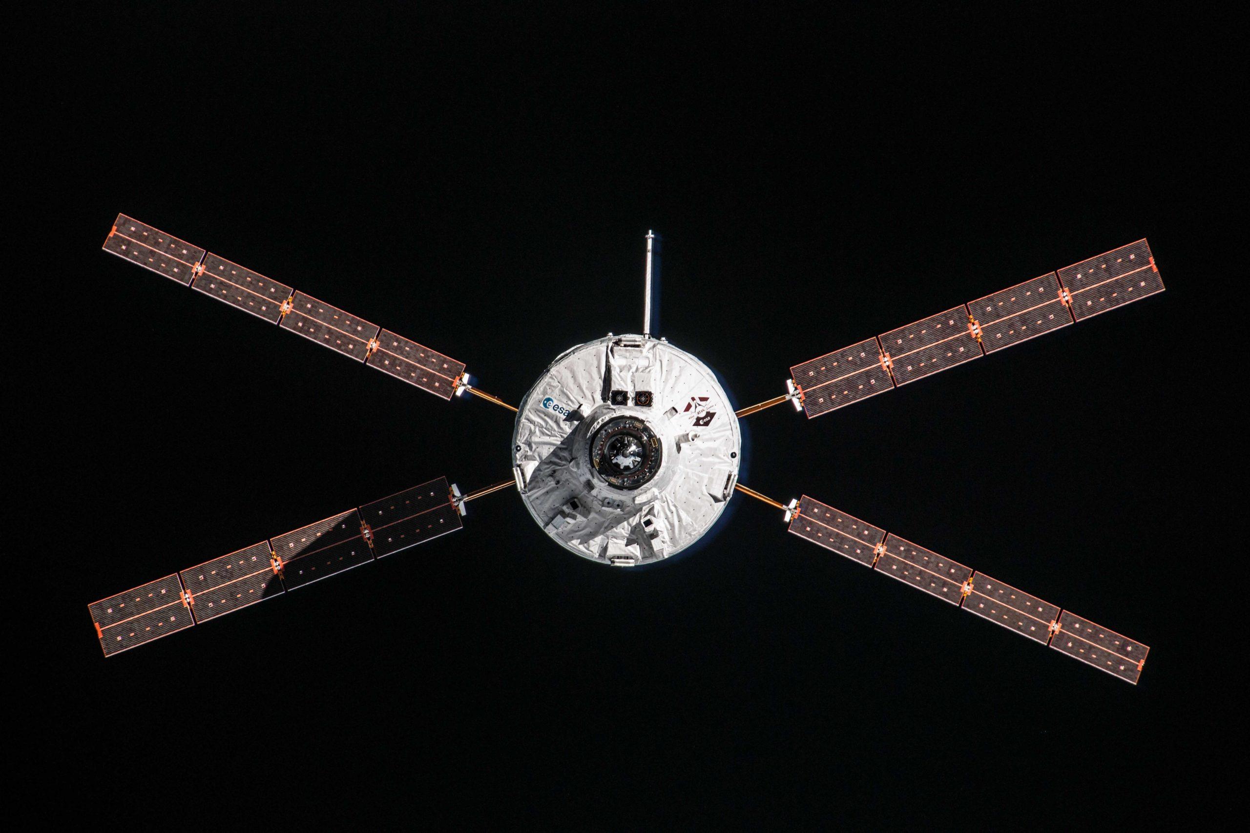 Es war einmal ein Start: Flug VA213 – Albert setzt Lasagne auf ISS-Speisekarte