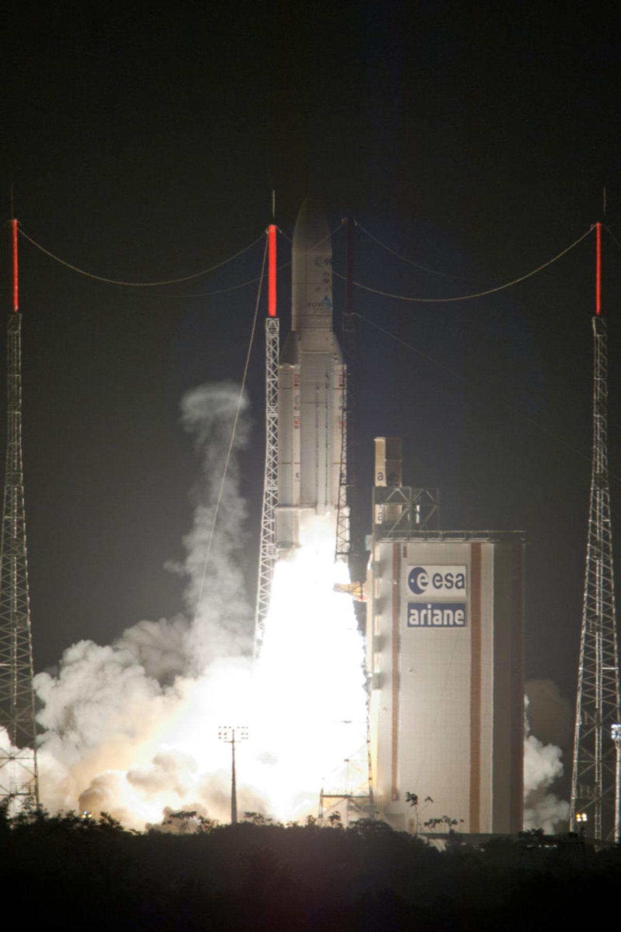 """Das ATV """"Albert Einstein"""" war der vierte einer Serie von fünf unbemannten Raumtransportern (Automated Transfer Vehicles) für die ISS. © Arianespace"""