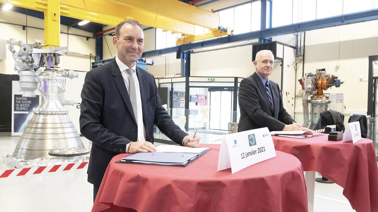 ArianeGroup und CNES unterzeichnen Vertrag für Prometheus-Tests